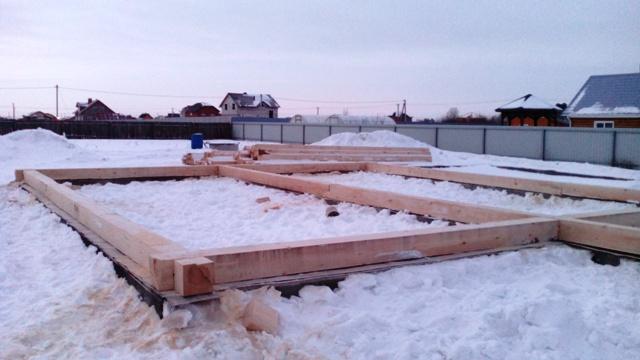 строим дом избруса Как построить цоколь