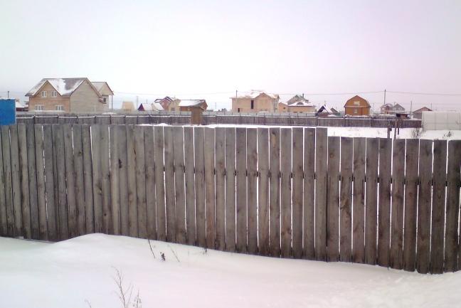забор деревянный временный